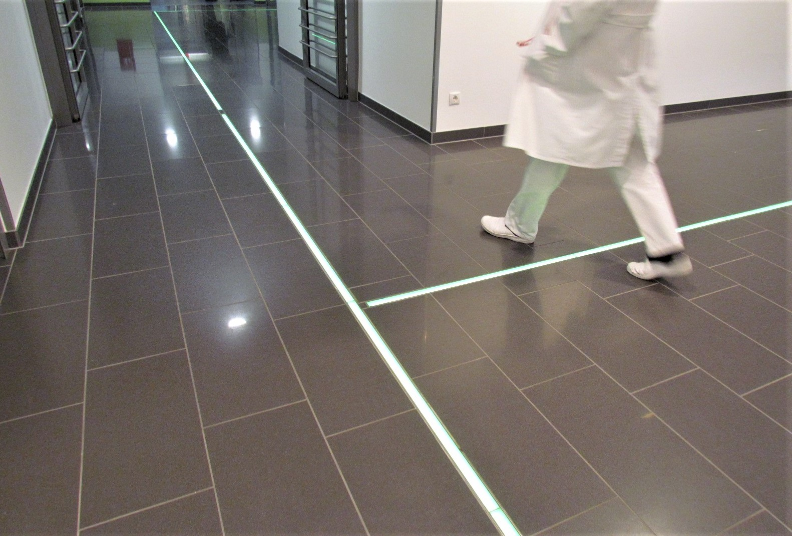 Kliniken Krankenhäuser pflegeleichter Bodenbelag