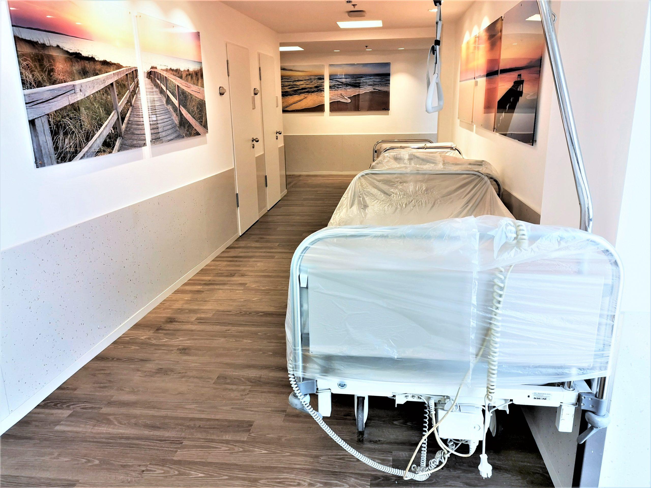 Wandschutz-Rammschtzplatten-A2-für-Betten-Krankenhaus-Klinik-stoßfest-robust-hygienisch-scaled